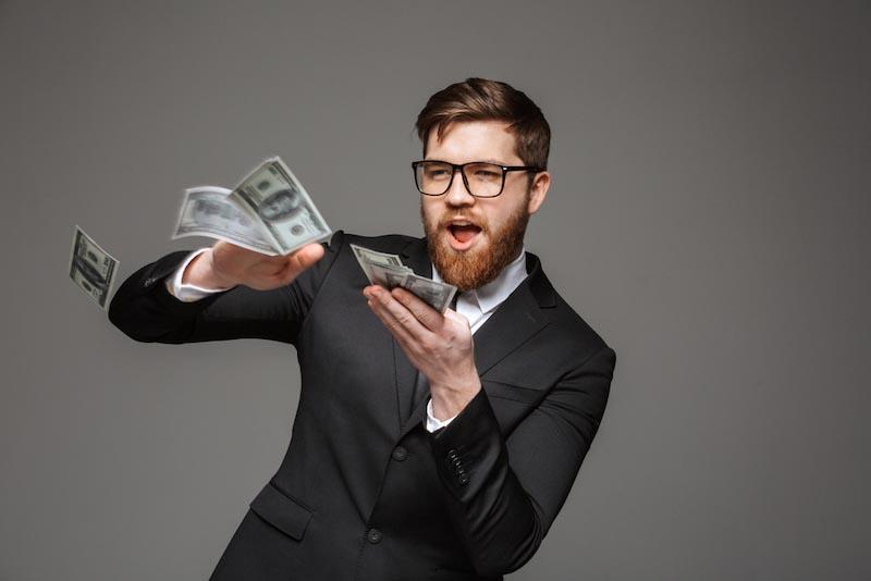 40代既婚派遣社員の収入